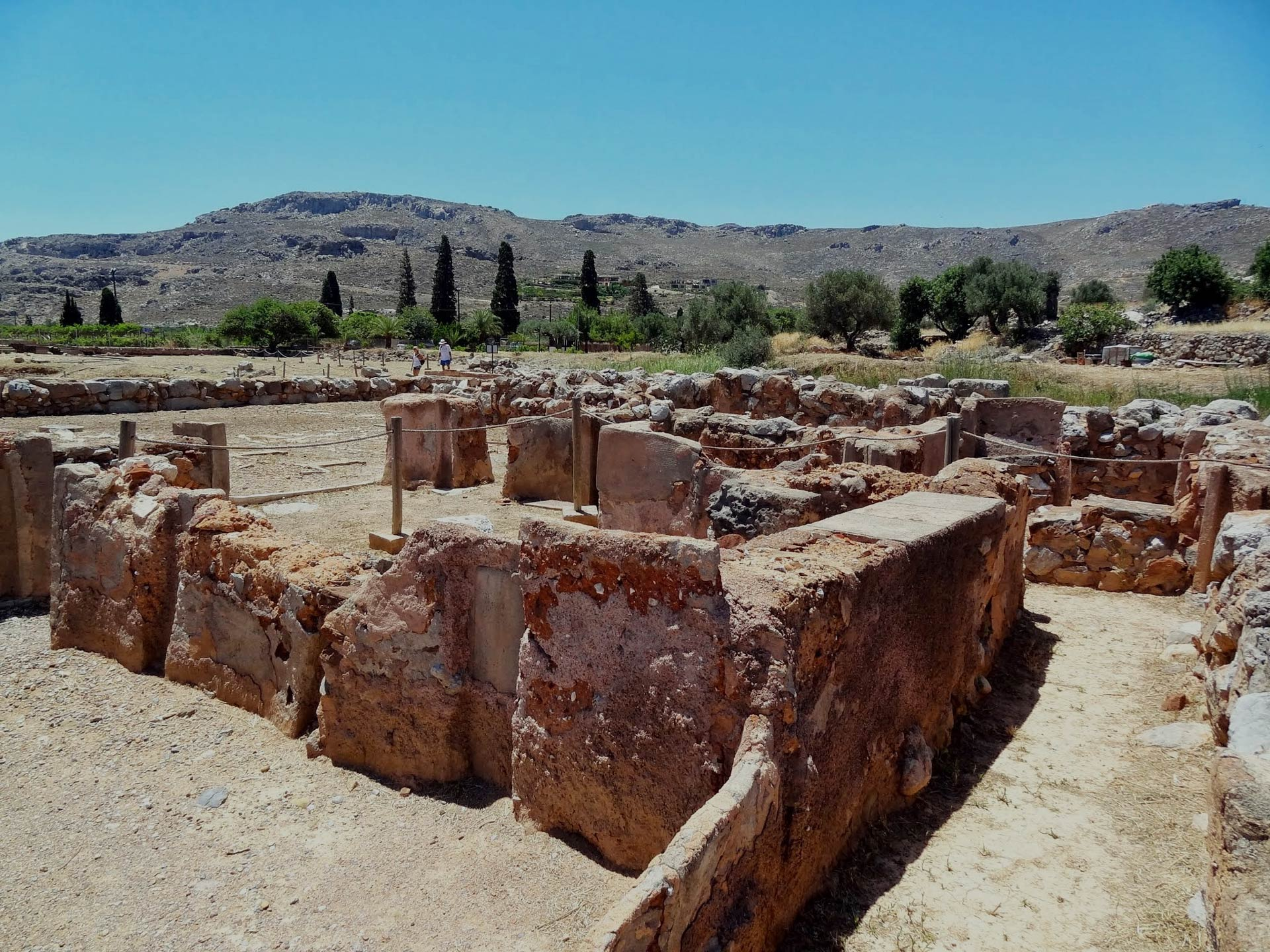 SIGNS AND WONDERS: THE MINOAN PATH OF LASITHI